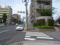 2.駅を背に12号線を道なりに進みます
